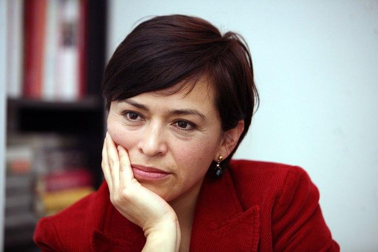 Ababel Hernánde< 2